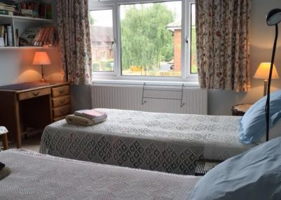 twin bedded room (2)